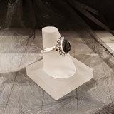 Ring van zilver met zwarte onyx
