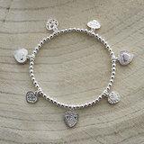 Zilveren armband met hartjes