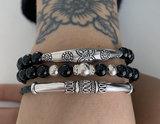 Black onyx armband met zilveren buis_