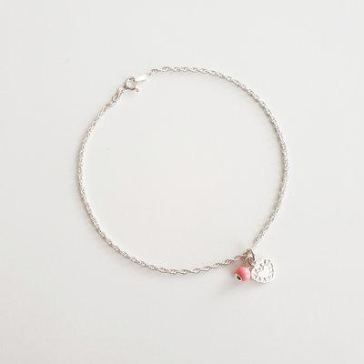 Enkelbandje van zilver met klein hartje met roze kraal