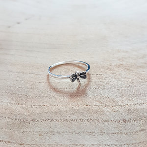 dragonfly ring van zilver