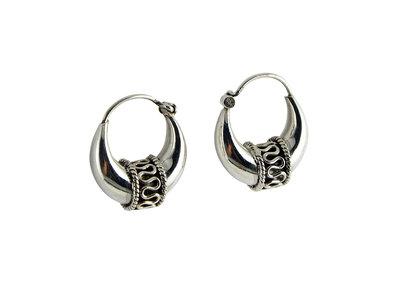 zilveren bali style oorringen