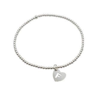 Armband van zilver met hartje met letter  €27,50