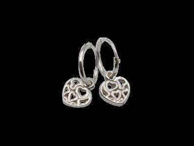 Zilveren oorbellen met opengewerkt hartje