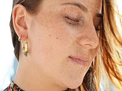 Bali style oorbellen goldplated