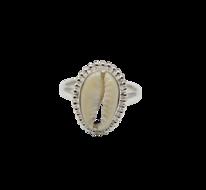 Zilveren ring met schelp